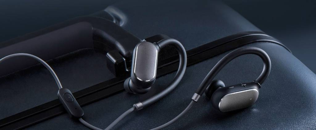 xiaomi-mi-sport-bluetooth-ear-hook-headphones-005.jpg