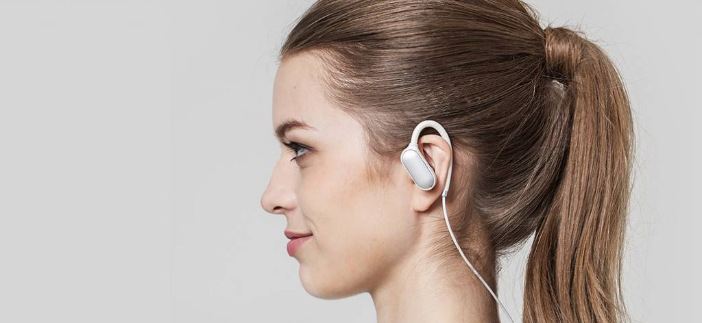 xiaomi-mi-sport-bluetooth-ear-hook-headphones-008.jpg